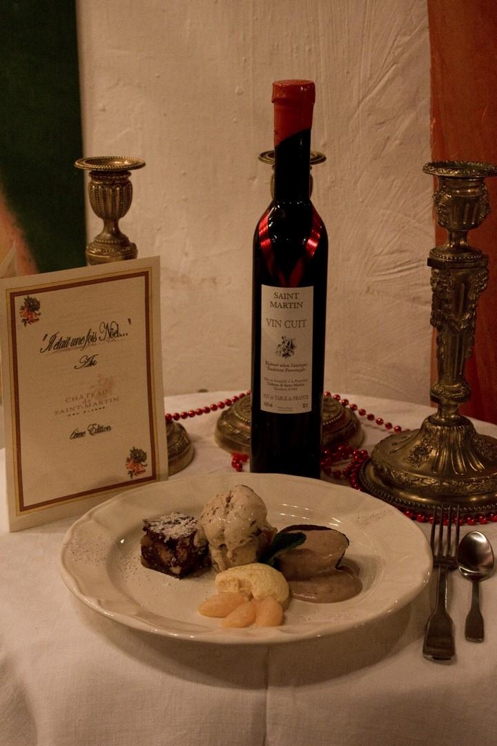 gros-souper-interpretation-des-13-desserts-accompagnee-de-son-vin-cuit-copier